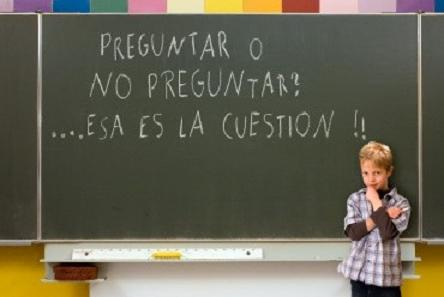 Pedir vs. Preguntar in Spanish: To ask in English ...